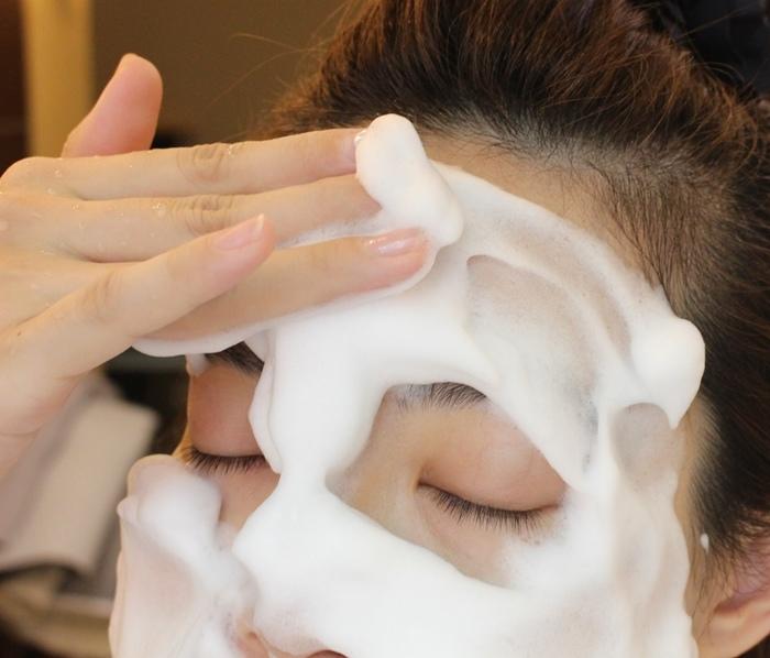 日本北海道二十年牛奶泡洗面乳-日本製 -Japan-北的快適工房乳清成分-泡沫洗臉不拉扯肌膚-保濕去除污垢(110)