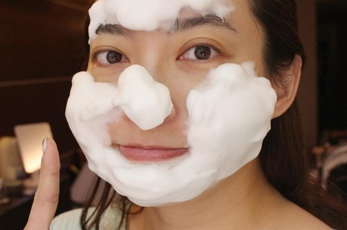 日本北海道二十年牛奶泡洗面乳-日本製 -Japan-北的快適工房乳清成分-泡沫洗臉不拉扯肌膚-保濕去除污垢(104)