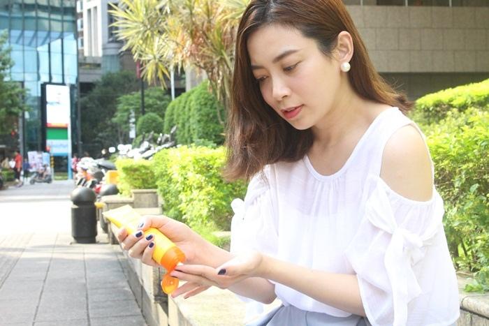 URIAGE 優麗雅 全護高效兒童防曬乳液SPF50+ 康是美 藥妝 皮膚科醫師推薦 (38)