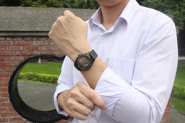 Kenneth Cole 情人節對錶 機械錶 男女對錶 情侶對錶 美國設計師品牌 穿搭 情人節送禮推薦(1)