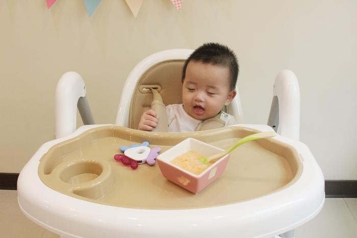 Myheart餐椅 媽咪最推薦 MIT 可折疊餐椅 兒童餐椅 嬰兒餐椅 (75)