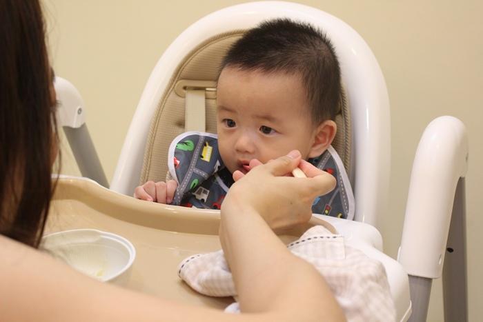 Myheart餐椅 媽咪最推薦 MIT 可折疊餐椅 兒童餐椅 嬰兒餐椅 (58)