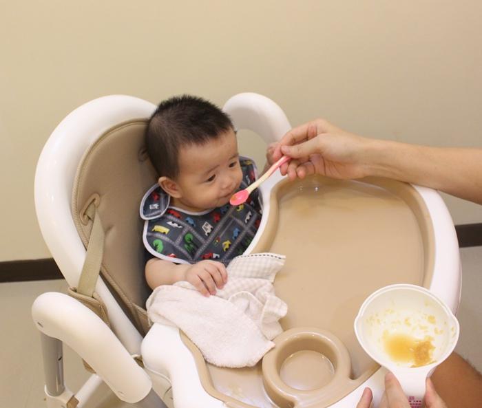 Myheart餐椅 媽咪最推薦 MIT 可折疊餐椅 兒童餐椅 嬰兒餐椅 (64)