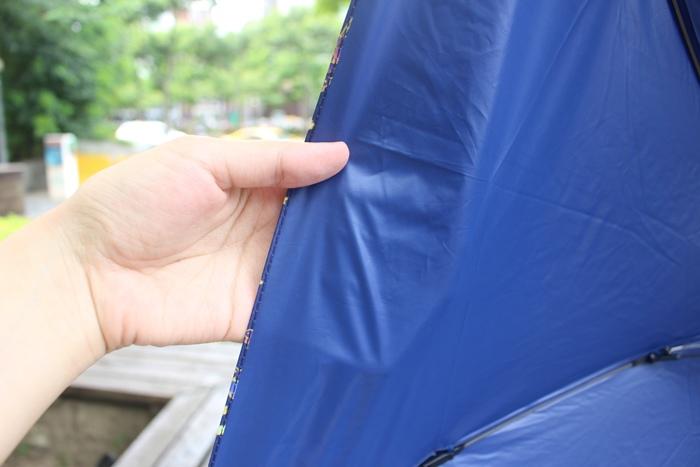 Carry Umbrella 折傘三折傘摺疊傘輕量折傘碳纖維雨傘140g超輕折傘MOOSE碳纖折傘星夜風鈴 (89)