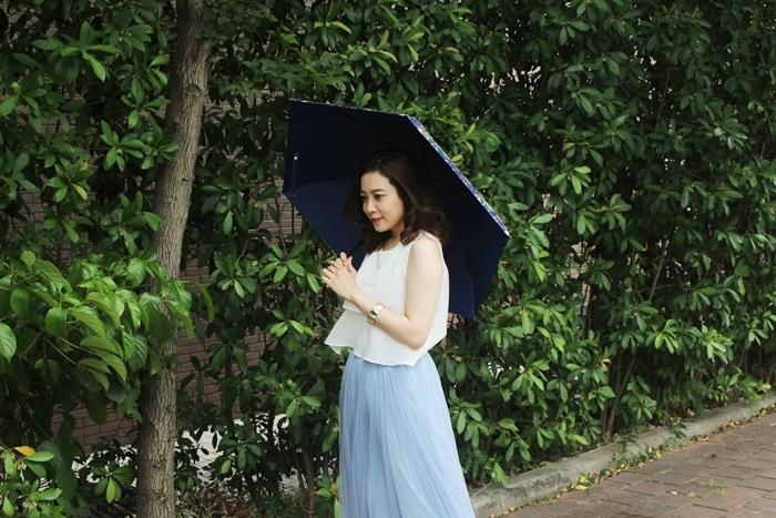 Carry Umbrella 折傘三折傘摺疊傘輕量折傘碳纖維雨傘140g超輕折傘MOOSE碳纖折傘星夜風鈴 (128)