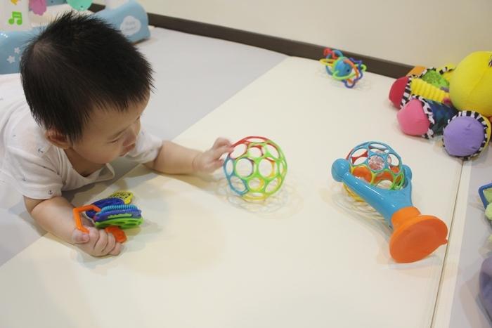 Costco育兒好物兒童玩具嬰兒玩具-Oball組Oball禮盒 (16)