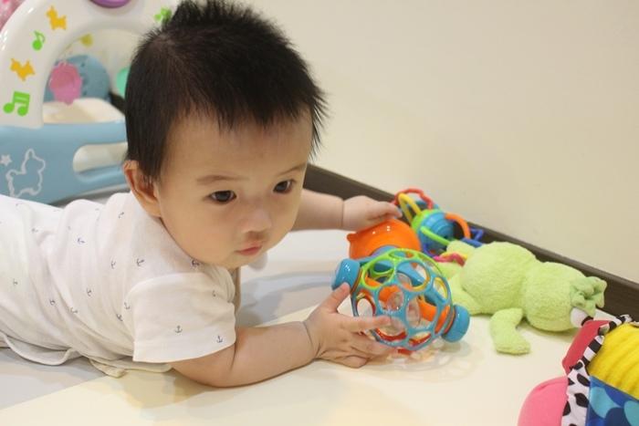 Costco育兒好物兒童玩具嬰兒玩具-Oball組Oball禮盒 (4)