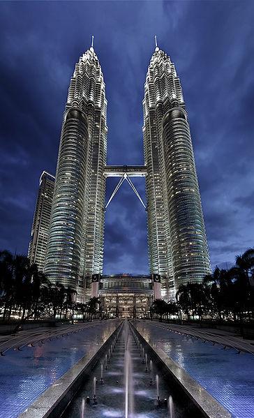 364px-Petronas_Panorama_II