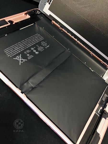 IPAD PRO9_7 電池膨脹.jpg