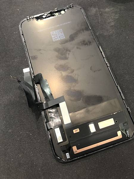 iPhone XR 不開機 泡水.jpg
