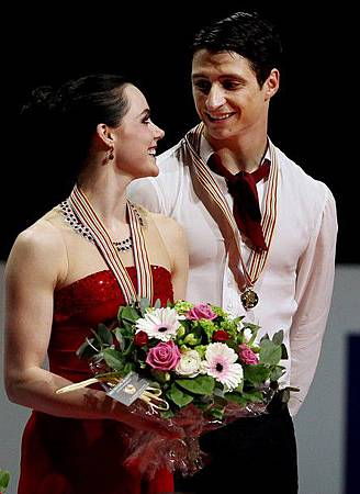 2012WFS-IceDance-0329-Gold-VirtueMoir-Canada