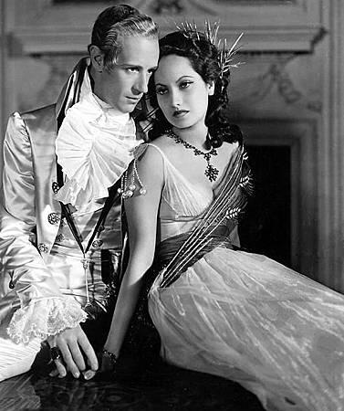 The Scarlet Pimpernel-1934-LeslieHoward-MerleOberon
