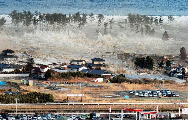 sendai-2011-earthquake-02.jpg
