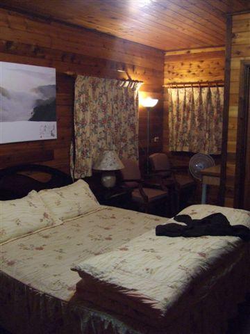 終於到了民宿了~我們是住雙人套房,一個人1800