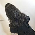 蓬鬆感 中低層次長髮 燙 &  浪漫大捲 絕對適合每個女孩們 💛💛 趕快美美的迎接秋天囉 ~😍😍