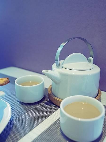 miss tea.jpg