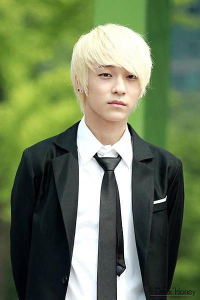 Teen Top L.Joe (36).jpg