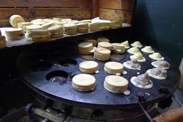 三輪車爆漿紅豆餅:新竹_爆漿三輪車_平價紅豆餅_2顆15元