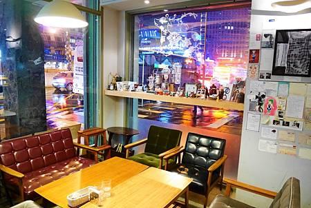 【台北信義區 | 餐廳】全天候早午餐搭配璀璨迷人的窗景✦好好文創We&Me Cafe