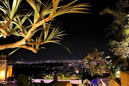 【台北陽明山 | 景觀餐廳】峇里島風格的約會與夜景聖地✦The Top 屋頂上