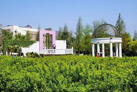【彰化和美 | 景點】倘佯在浪漫的南法風情莊園♥探索迷宮歐式莊園