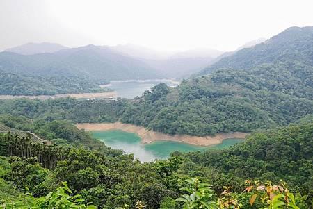 【新北石碇 | 景點】流淌在重重山巒間的一泓碧綠✲千島湖