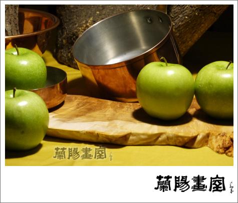畫室部落格_我們的靜物_銅器木頭與蘋果02