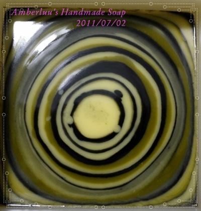 132渲染皂液 002-1.jpg