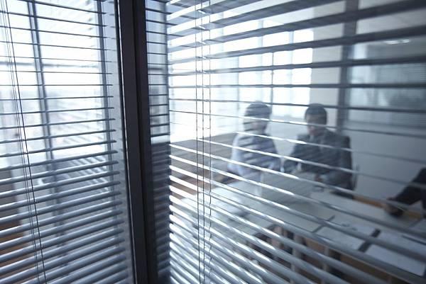 Commercial-Venetian-Blinds.jpg