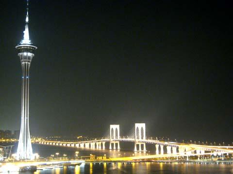 澳門旅遊塔、西灣大橋夜景