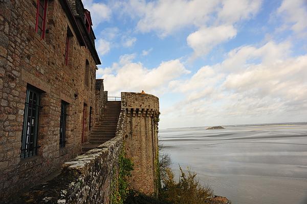 城堡外的溼地