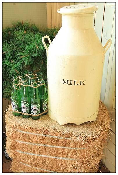 牛奶罐vs海尼根