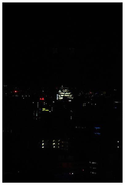遠方的大阪城~