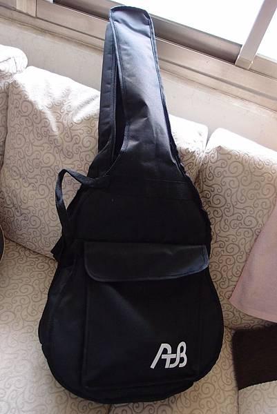 吉他外袋~