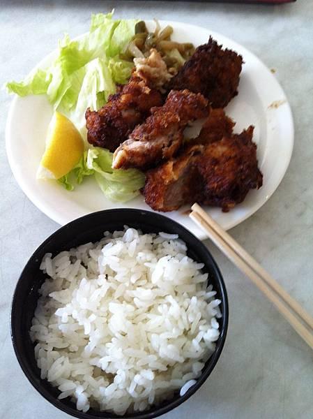 食】TAKA的炸雞排套餐