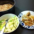 食】酸辣湯、水餃、高麗菜