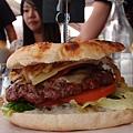 遊】午餐漢堡!!
