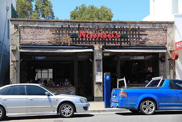 路旁的簡餐店