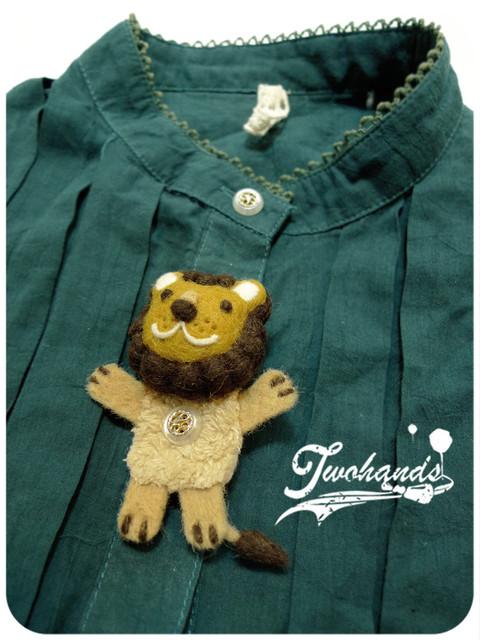 獅子鈕扣.jpg