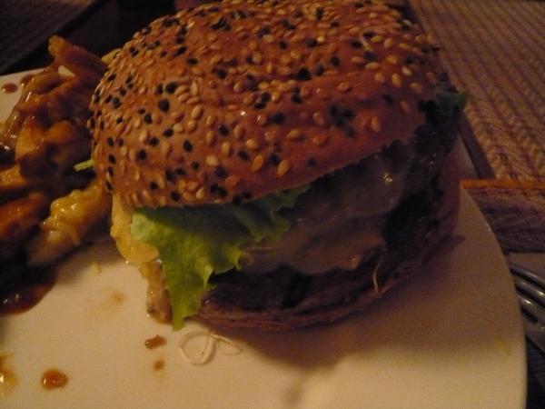 完整的漢堡