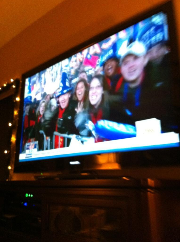 我拿著國旗上了CNN!