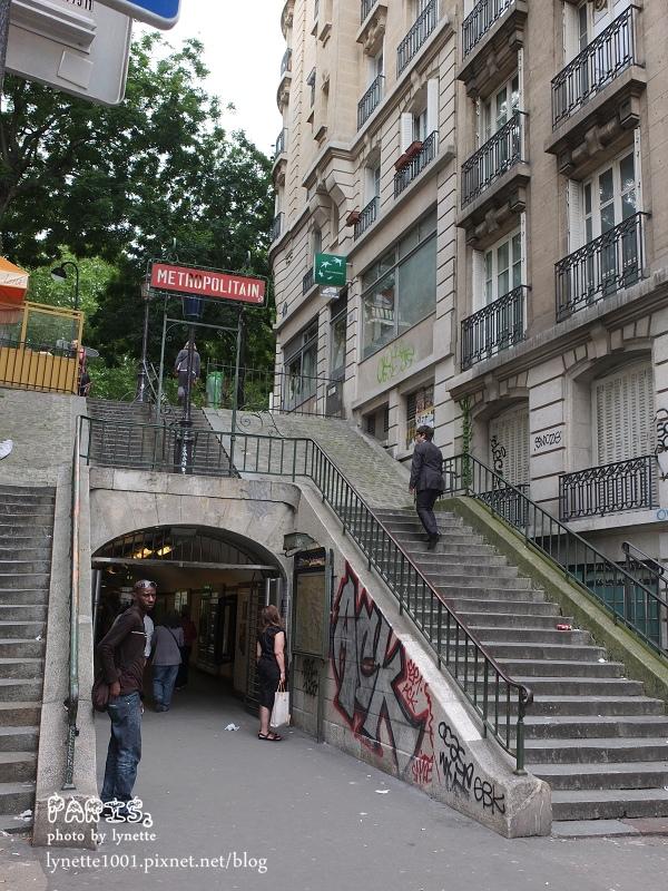 典型蒙馬特玻道階梯.JPG
