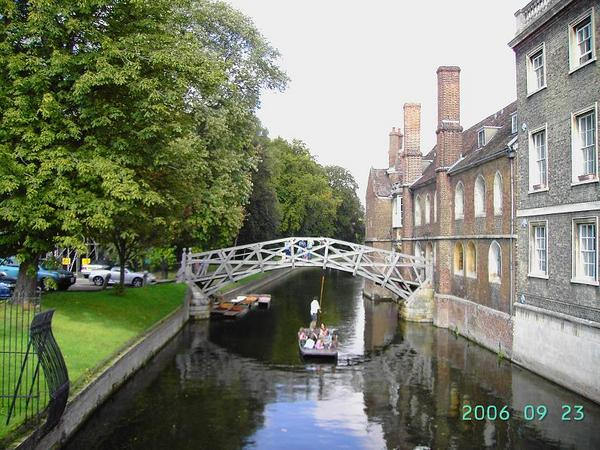 Punting in River Cam (1)