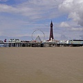 14. Blackpool Tower and a Wheel (1) [黑池塔和摩天輪]