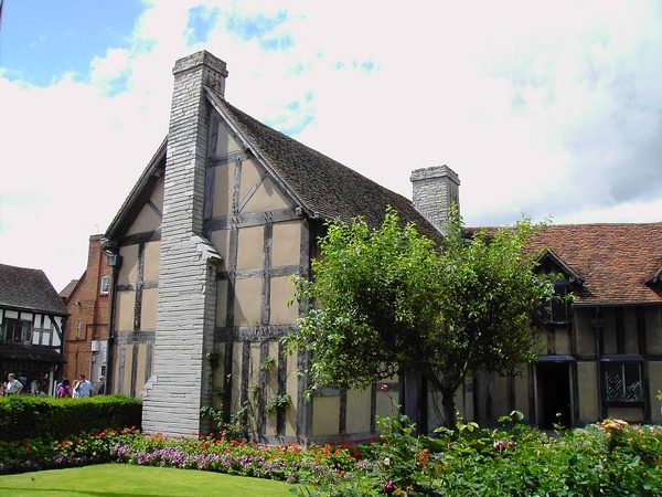 7. The Garden of Shakespeare's Birthplace (3) [ 莎翁故居內的花園]