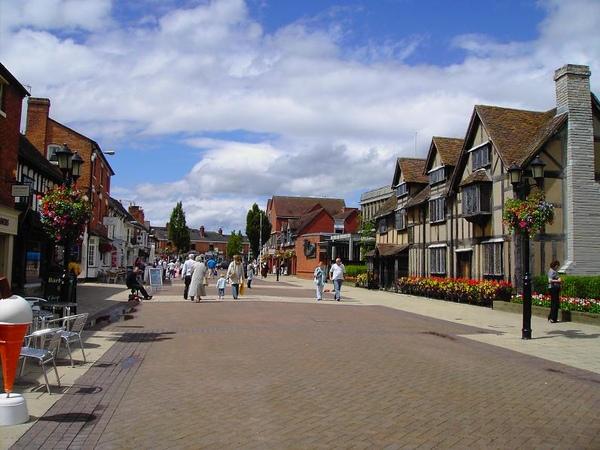 12. The Street Scene in Stratford-Upon-Avon [史特拉佛街景]