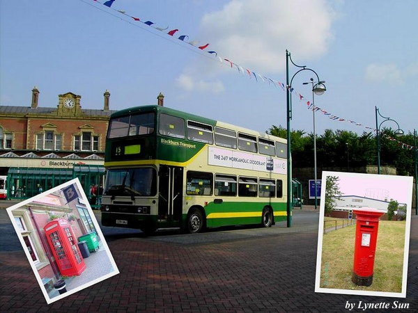 Doubledecker& phone box & Mail box in Blackburn [雙層巴士後方就是布萊克本火車站]