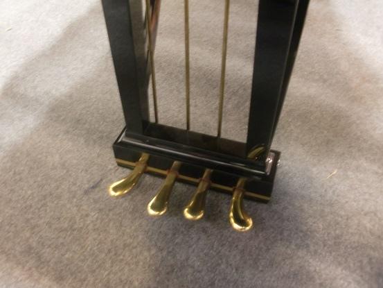 Four padels for Fazioli F308 [號稱世界上最大的鋼琴有四個踏板...]