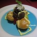 19. Custard Cream Puffs [卡士達泡芙塔]