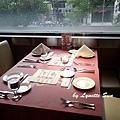 02. 餐桌